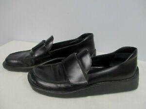 VINTAGE PRADA WOMENS BLACK LEATHER w FLAP CLOSURE SHOES ~ SIZE 36 1/2