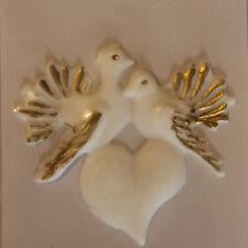 Verzierwachs Taubenpaar mit Herz 48*45 mm