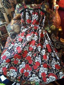 Skull Rose Circle dress by Phaze ~ Rockabilly retro circle dress~ size 10