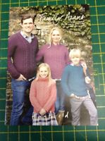 Hayfield Family Arans 465 Knitting Pattern Book  Aran Free UK P/&P Sird...