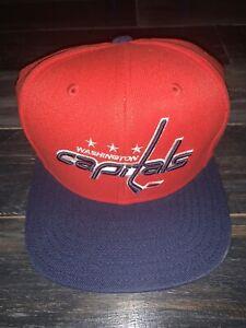 Men's Washington Capitals NHL Hockey Red & Navy Reebok Snapback Hat Cap NWT