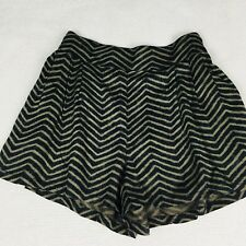 American Eagle Outfitters Shorts Women's Pleated Black & Tan Chevron Size XS