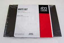 Creative Memories Ahni & Zoe Scrapbooking Slide in Pack White Out 4x6 Paper Mat