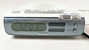 Sony ICF-C273 LIV Dream Machine Dual Alarm Clock AM/FM Radio White/Silver TESTED