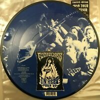 FUZZTONESNINE MONTHS LATER10inPICTURE DISC-/NMSITUATION TWOSIT 61P