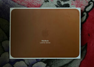 Apple Leather Sleeve for 12in MacBook Air and MacBook Pro - Saddle Brown Genuine