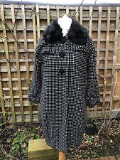 RIVER ISLAND Size 10 BLACK WHITE PIN DOT SMART/CASUAL  53%wool WINTER COAT Women