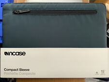 "Incase Compact Sleeve For MacBook Pro 15"" Retina/Thunderbolt 3 - Navy (NEW)"