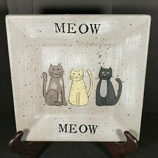 """Donna White Meow Cat Kitty Primitive Handpainted Wood Composite 8 1/8"""" Plate"""