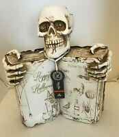 Halloween Amazing Spell Book Skeleton Skull LED Glowing Eyes Prop Decor NEW