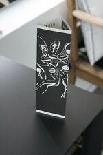 E Baudoin-carton -Objet 3d -exposition- librairie La Marque Jaune-Liège-1997