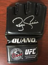 ROYCE GRACIE SIGNED UFC GLOVE - mma pride autograph ouano