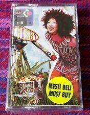 Sammi Cheng ( 鄭秀文 ) ~ La La La ( Malaysia Press ) Cassette