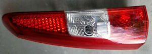 2005 to 2007 Volvo XC70 V70 Upper Left Drivers Side Taillight Tail Light
