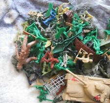 huge lot of 134 plastic soldiers and other similar toys some vintage