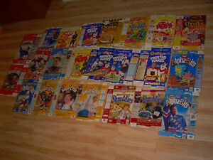 Lot of 23 different Vintage RARE Wayne Gretzky NHL Mario Lemieux Post Cereal Box