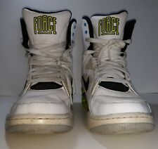 Nike Air Command Force Retro 684715 100 Size 10 (Billy Hoyle) Pump White Volt