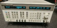 HP AGILENT 8664A 0.1 - 3 GHz SYTHESIZED SIGNAL GENERATOR OPT 008