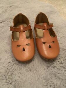 Girls Zara Tan Shoes 25