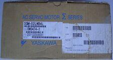 YASKAWA SGM-02LWB4L AC SERVO MOTOR 200 WATS, 100 VOLTS , 2.7 AMP NEW - OLD STOCK