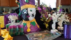 Large Mardi Gras Party Supplies Decorations Pack With Pinata & Jester Costume