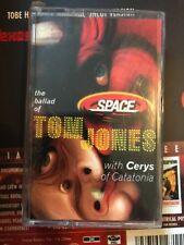 SPACE WITH CERYS OF CATATONIA BALLAD OF TOM JONES CASSETTE 3 TRACK Alternative