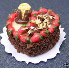 1 12 Scale Heart Shape Cake Chocolate & Strawberries Dolls House Miniature Nc16