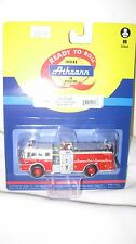 """Athearn HO scale Fire Truck (Engine) Ford """"C"""" Cab Red w/White Cab ATH 92016"""