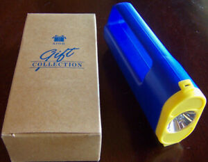 "1996 Avon Gift Collection ""BRIGHT BEAM COMPACT LANTERN"" Flashlight - Brand New!"