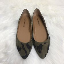 Lucky Brand Women's Bylando Camo Flat Pointed Toe Wedge Shoes