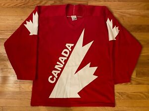 VTG RARE 1984 Ray Bourque Team Canada CCM Canada Cup Jersey! Red! Size Large!