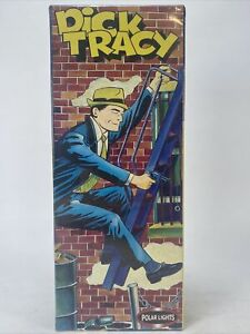 Polar Lights  5093 Dick Tracy Figure Model Kit
