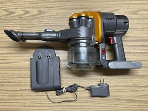 Dyson DC16 Cordless Handheld Vacuum Cleaner + Charger BATTERY HOLDS A CHARGE!