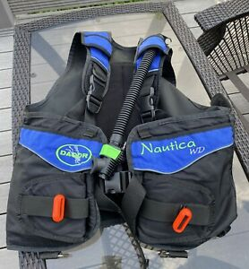 Dacor Nautica WD Scuba Diving Vest Size Large With Some Weights Untested