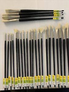 Winsor & Newton, Level III Professional Oil Brushes, (Lot Of 26) NEW