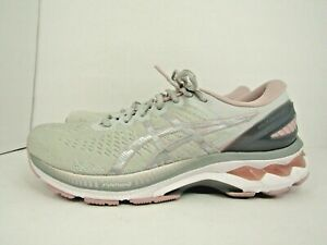 WOMEN'S ASICS GEL KAYANO 27 size 9 !WORN LESS THAN 10 MILES! RUNNING SHOES !!