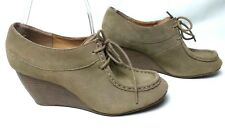 BAKERS Sz 7.5M Tan Suede Lace Up Women's Wedges Shoes