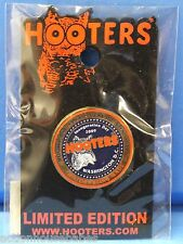 HOOTERS OF AMERICA PRESIDENTIAL SEAL PRESIDENT OBAMA INAUGURATION DAY 2009 PIN