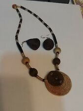 "brown/tan choker matching earrings New Fair trade African bead/""silver""/s isal?"