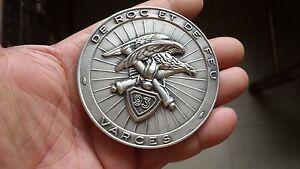 Médaille bronze argenté Le 93e REGIMENT ARTILERIE  de roc et de feu VARCES