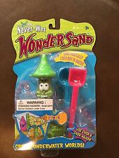 Never-Wet Wonder Sand. Nib Green