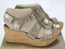 Clarks Womens Annadel Orchid Wedge Sandal Gold Leather Size 11 Wide