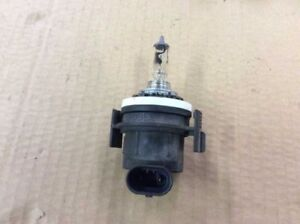 99 00 01 BMW 320I 323I 325I 328I 330I HIGH BEAM HEADLIGHT HEAD LIGHT LAMP SOCKET