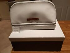 Dulwich Designs malmo white premium bonded leather jewellery/cosmetic bag.