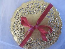 "25 PCS 6"" ROUND SMALL GOLD FOIL PAPER FLORAL LACE DOILY DOILIES CARDS CRAFTS"