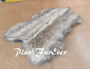 3 x 5' Middle Seam Design Gray Coyote Cute Sheep Rug Lodge and Cabin Accent Rugs