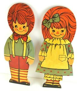Raggedy Ann and Andy Doll Figure Statue Figurine Wooden Smiling Children Wall