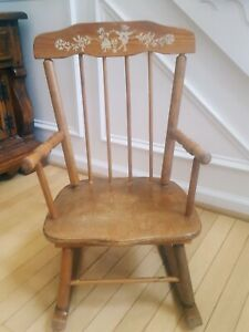 Antique CHILDS ROCKING CHAIR Decal Farmhouse