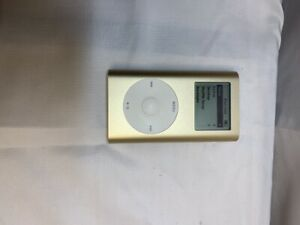 Apple iPod mini 1st generation Gold A1051 M9437J USED