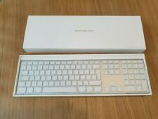 Genuine Apple wired Keyboard and mouse A1243 A1152 MB110 **New and unused**